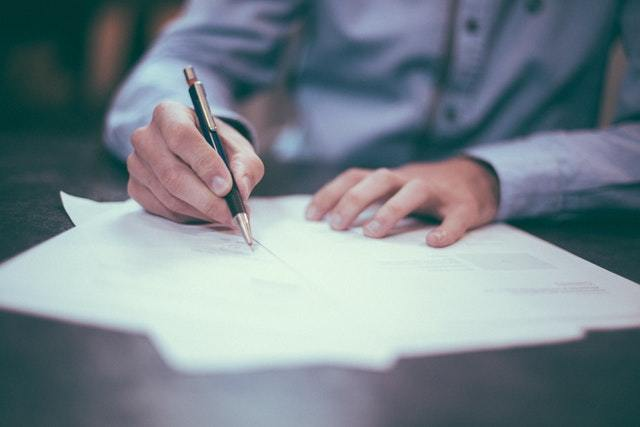 Commercial Contract: ensure accurate clauses