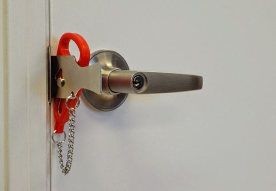 Can landlords force access to a property?